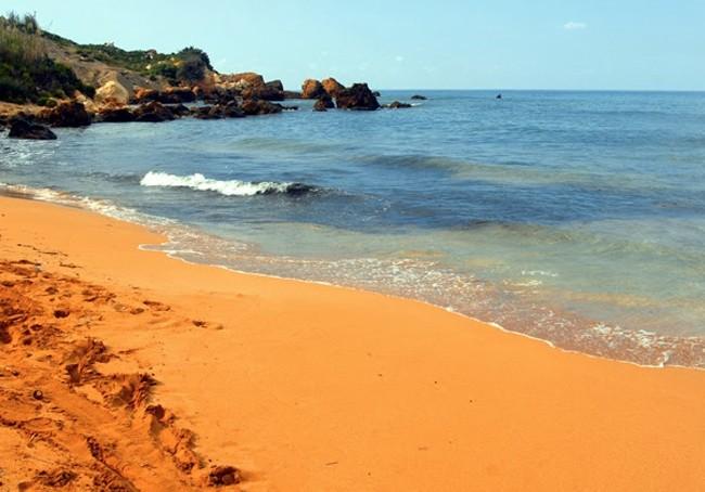 turuncu kum sahilleri